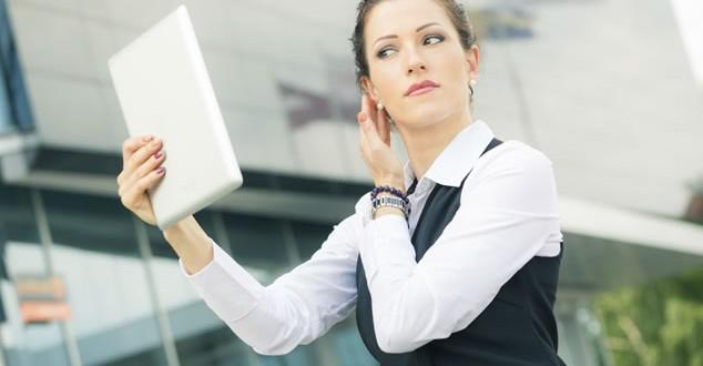 5 Makeup Hacks for Working Women