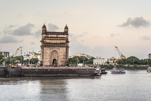 Learn at the creative hub of India: The advantages of studying in Mumbai